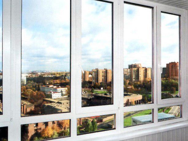 Остекленный балкон фото